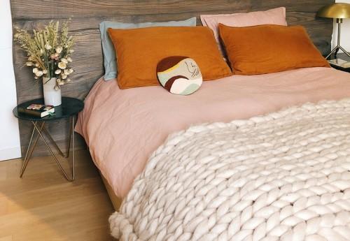 Яку деревину найкраще вибрати для ліжка?